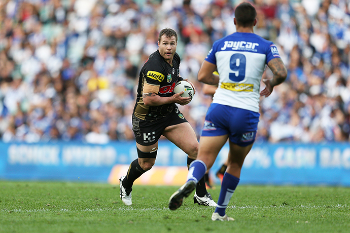 Trent Merrin in action against the Bulldogs. Photo: Jeff Jambert / Penrith Panthers